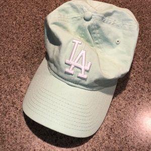 urban outfitters LA baseball cap